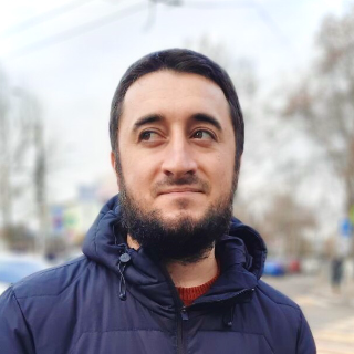 Руслан Налбантов
