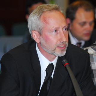 Alexander L. Gusev