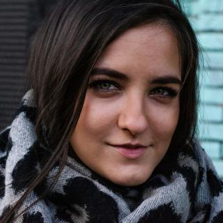 Екатерина Пузакова