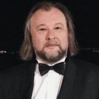Станислав Шкуратов