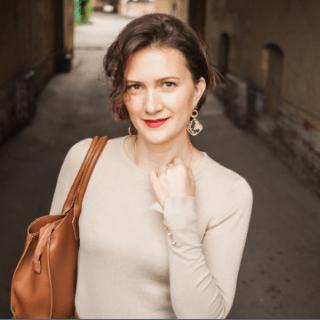 Алёна Антонова